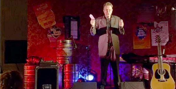 Tom Robinson on pub stage