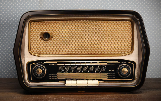 Listening Post: old wireless set