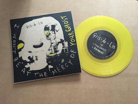 yellow disc