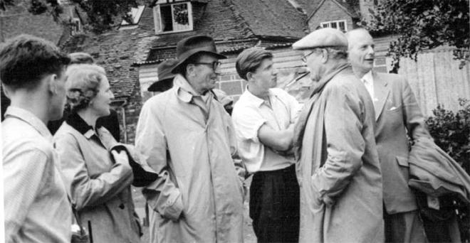 Sir Harold Nicholson comes to visit