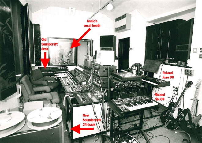 The Eurythmics Studio in 1985 - click to zoom image in new window